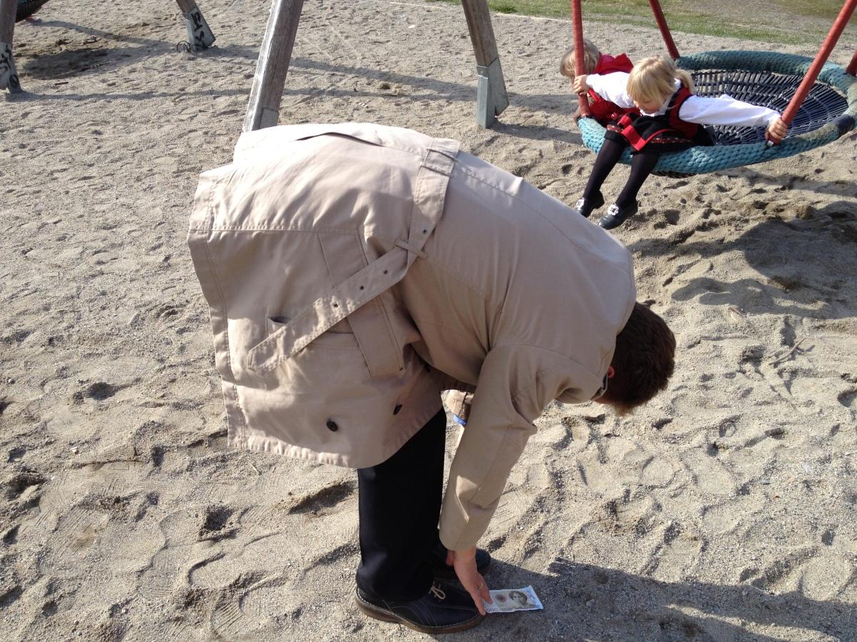 17. mai – barnetog, lekeland og kamuflertstretching