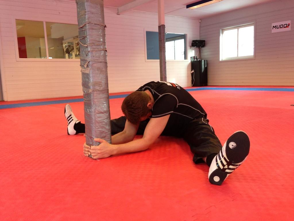 Stretchingkombo – innside og bakside lår samt rygg ogrumpe!